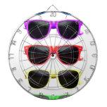 Fila de vidrios coloreados enrrollados tablero de dardos