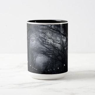 Fila del Central Park de árboles Taza Dos Tonos