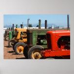Fila del tractor posters