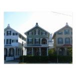 Fila del Victorian de Stockton en Cape May Tarjeta Postal