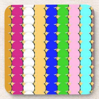 Filas coloridas del círculo posavasos
