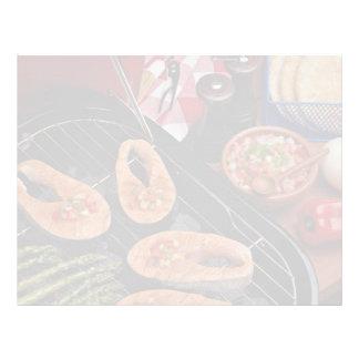 Filetes de color salmón asados a la parrilla plantillas de membrete