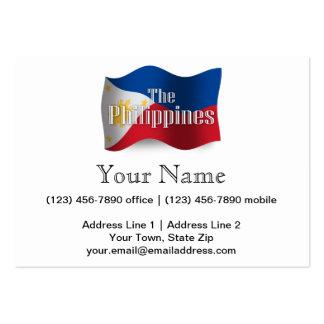 Filipinas que agitan la bandera tarjetas de visita grandes