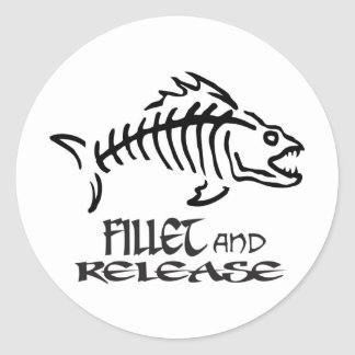 FILLET AND RELEASE CLASSIC ROUND STICKER
