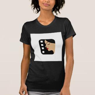 Filmstrip con vista lateral de una mujer camisetas