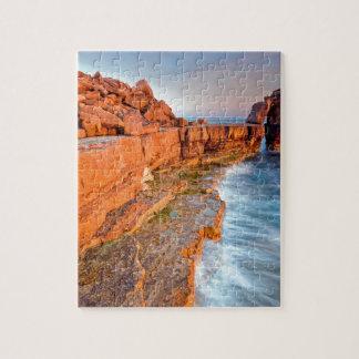 Filón rojo de la roca del agua puzzle