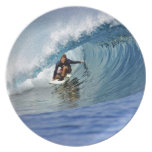 Filón tropical de la isla de la onda azul que prac platos