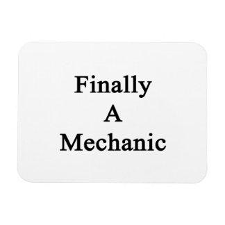 Finally A Mechanic Rectangular Magnets