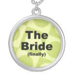 Finalmente el collar de la novia