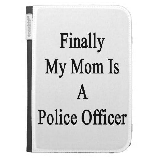 Finalmente mi mamá es oficial de policía