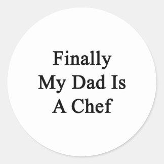 Finalmente mi papá es cocinero pegatina redonda