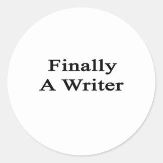 Finalmente un escritor pegatina redonda