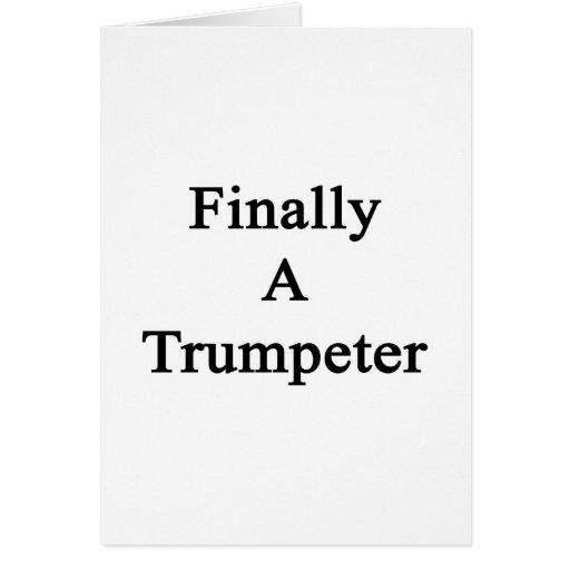 Finalmente un trompetista tarjeta pequeña