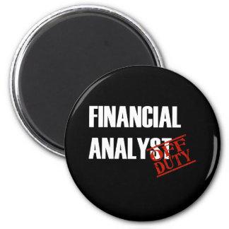 FINANCIAL ANALYST DARK MAGNET