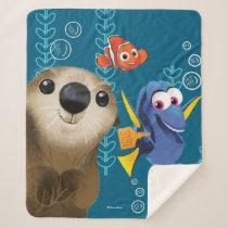 Finding Dory | Nemo, Dory & Otter Sherpa Blanket