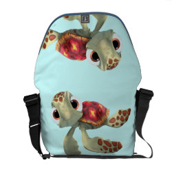 Cute baby sea turtle Squirt of Finding Nemo Rickshaw Medium Zero Messenger Bag