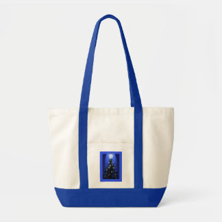 Fir tree very bl sky 2 w stars on tree and spotlig tote bag