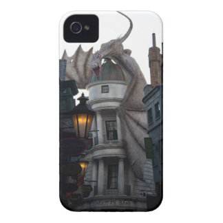 Fire breathing Dragon protecting wizard's bank Case-Mate iPhone 4 Case