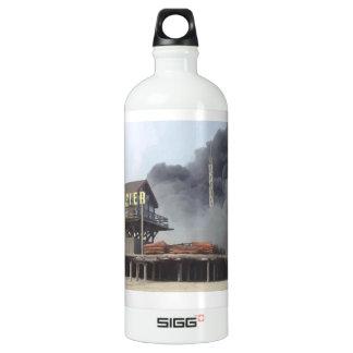 Fire rages along NJ boardwalk damaged by Sandy Aluminum Water Bottle