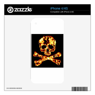 FIRE SKULL AND CROSSBONES SKIN FOR THE iPhone 4S