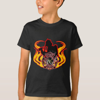 Firefighter fighting flames T-Shirt