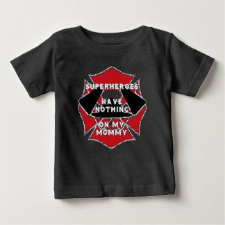 Firefighter mommy baby T-Shirt