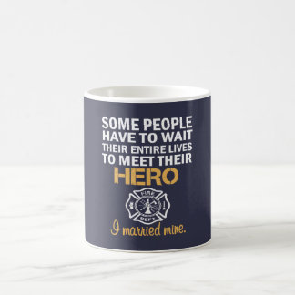 FIREFIGHTER'S WIFE COFFEE MUG