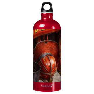 Fireman - Hats - I volunteered for this Water Bottle