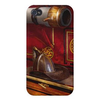 Firemen - An elegant job iPhone 4 Cover