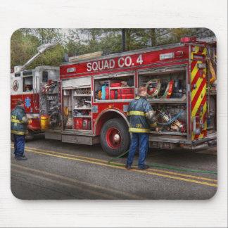 Firemen - The modern fire truck Mouse Pad