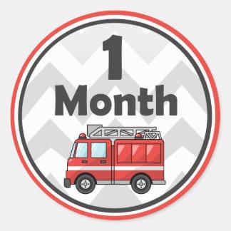 Firetruck - pegatinas mensuales del bebé - mes por pegatina redonda