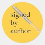 Firmado por los pegatinas del autor
