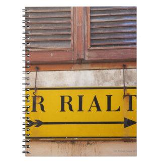 Firme señalar la manera al puente de Rialto, Libro De Apuntes