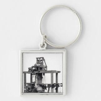First fully automated loom keychain