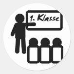First grade erste klasse classic round sticker