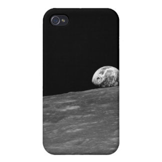 First Photograph of a Earthrise taken by Apollo 8 iPhone 4/4S Case
