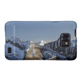 First snow on the mountains galaxy SII covers