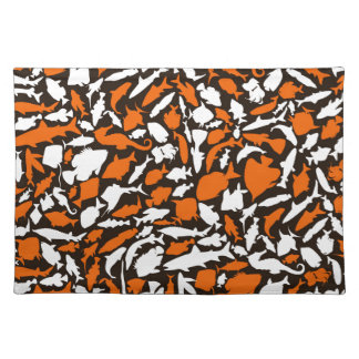 Fish a background cloth placemat