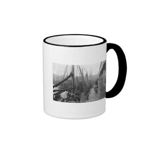 Fish docks, Grimsby, early 20th century Ringer Mug