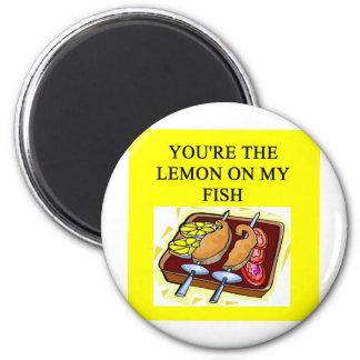 fish lovers 2 inch round magnet