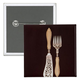 Fish-servers with carved ivory handles 2 inch square button