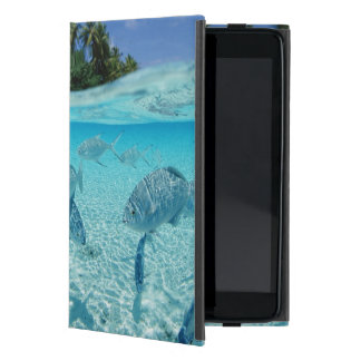 Fishes in the sea iPad mini case