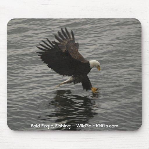 Fishing Bald Eagle Gift Set Mouse Pad