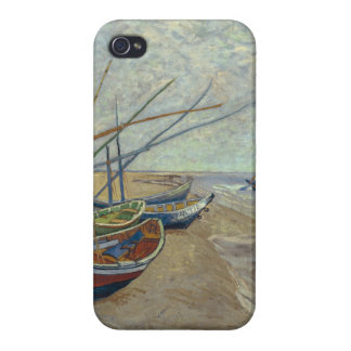 Fishing boats on the beach iPhone 4/4S cases
