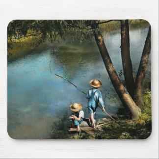Fishing - Gone Fishin' - 1940 Mouse Pad