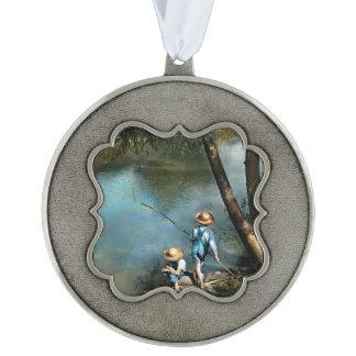 Fishing - Gone Fishin' - 1940 Ornament