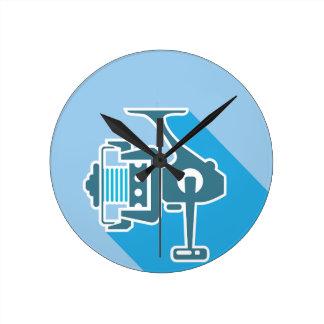 Fishing reel round clock