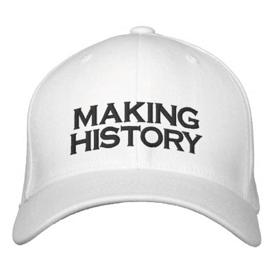 FITTED CAP BASEBALL CAP