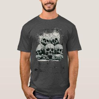 Five human skulls T-Shirt