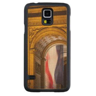 Flag Flies Inside The Arc De Triomphe, Paris Carved® Maple Galaxy S5 Slim Case